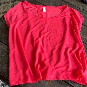 3/$27 Löle T-shirt